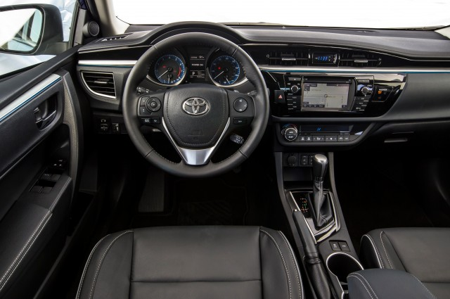 2014 Toyota Corolla The Compact King S New Clothes Autopolis